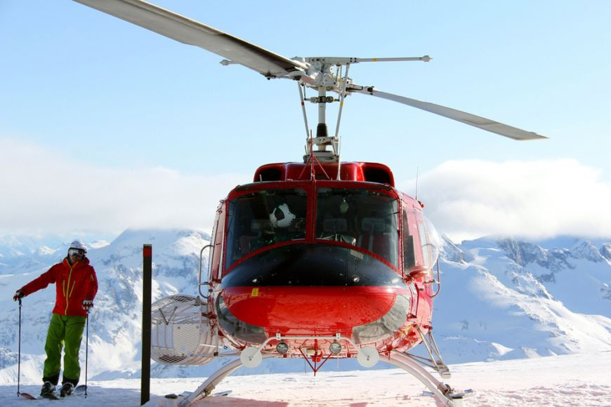 Heliskiing-in-British-Columbia-Canada1