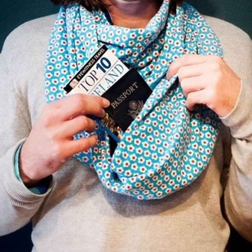 Scarf-with-hidden-pocket-for-valuables-and-contraband