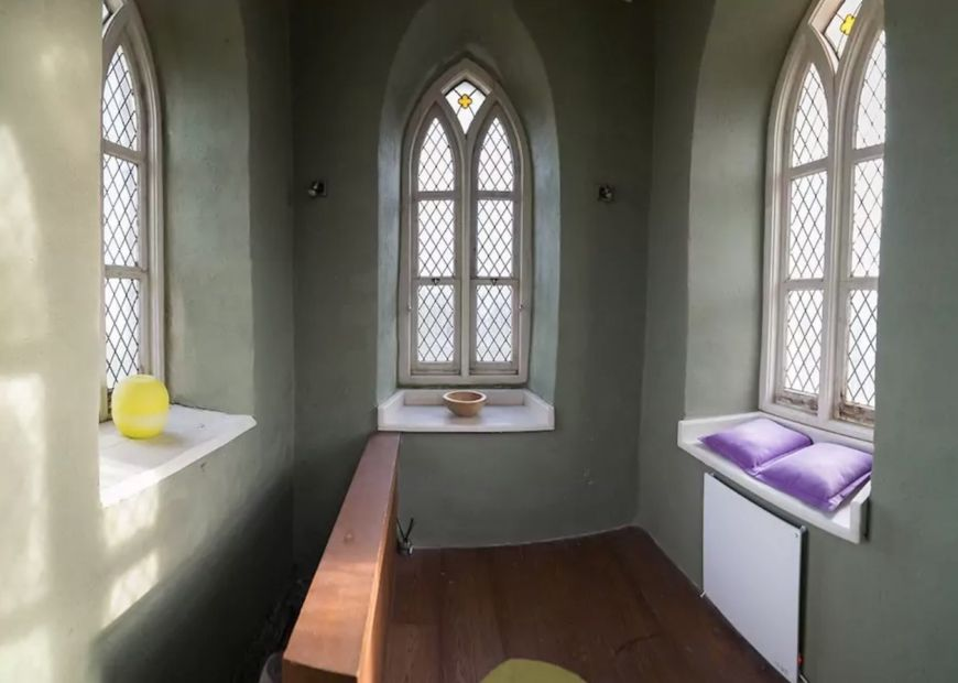 The Interior Of This Irish Church On Airbnb Is Beyond
