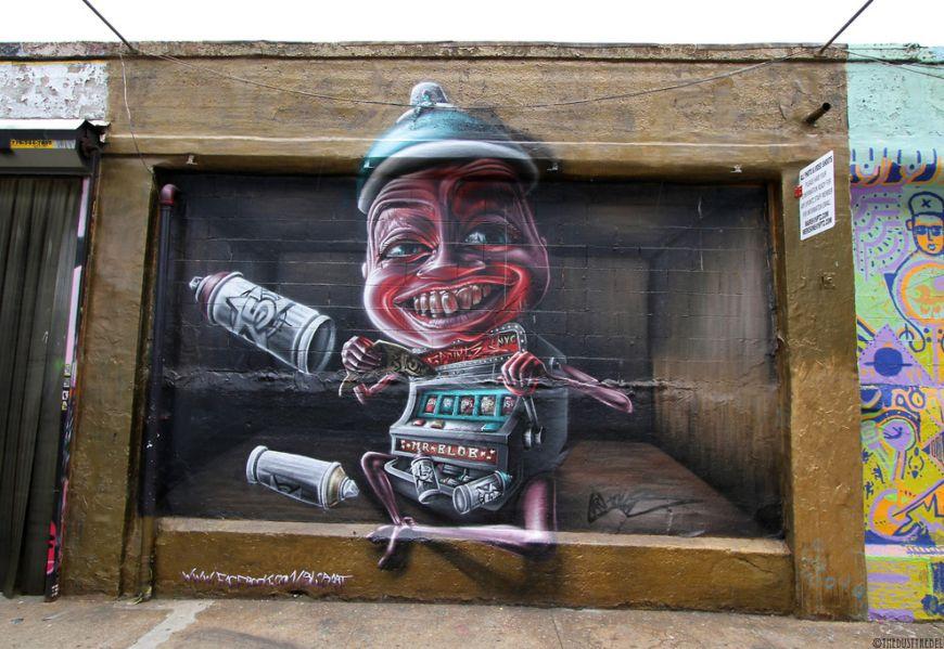 Piece-by-Italian-artist-MR.-BLOB-in-Long-Island-City-Queens