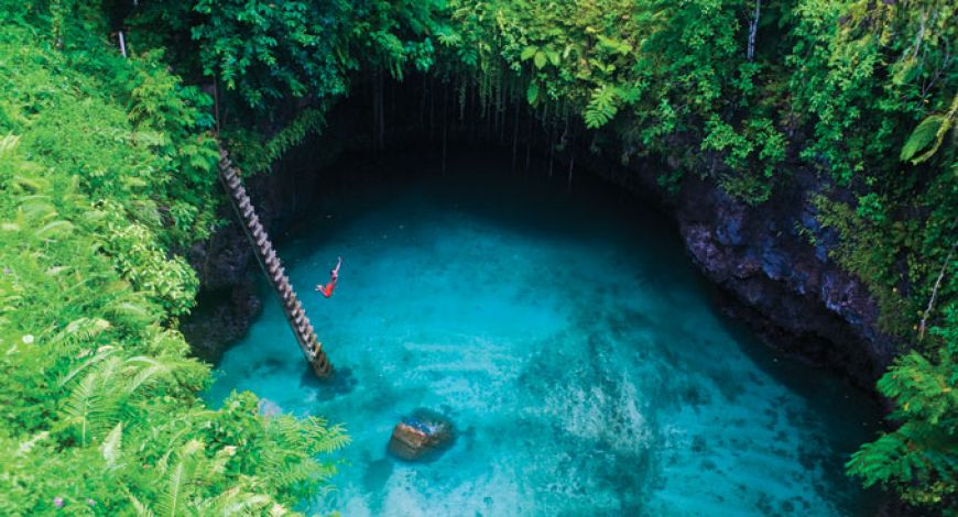 To-Sua-Ocean-Trench-in-the-Lotofaga-village-on-the-south-coast-of-Upolu-Samoa