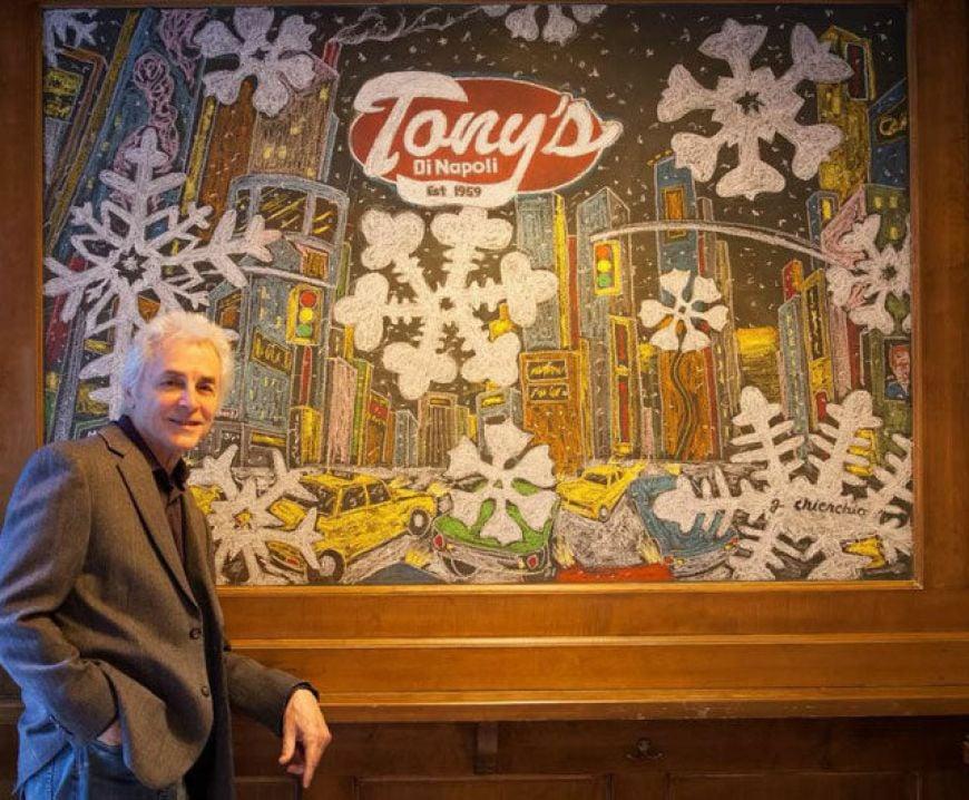 Tonys-Di-Napoli-Midtown