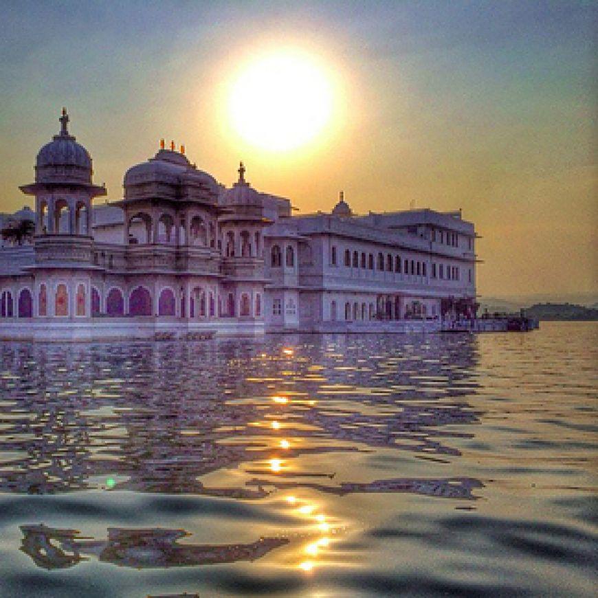Taj-Lake-Palace-in-Rajasthan-India1