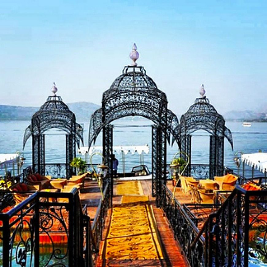 Taj-Lake-Palace-in-Rajasthan-India3