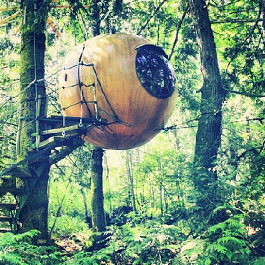 The-Free-Spirit-Spheres-on-Vancouver-Island-Canada1