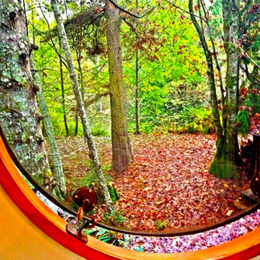 The-Free-Spirit-Spheres-on-Vancouver-Island-Canada3