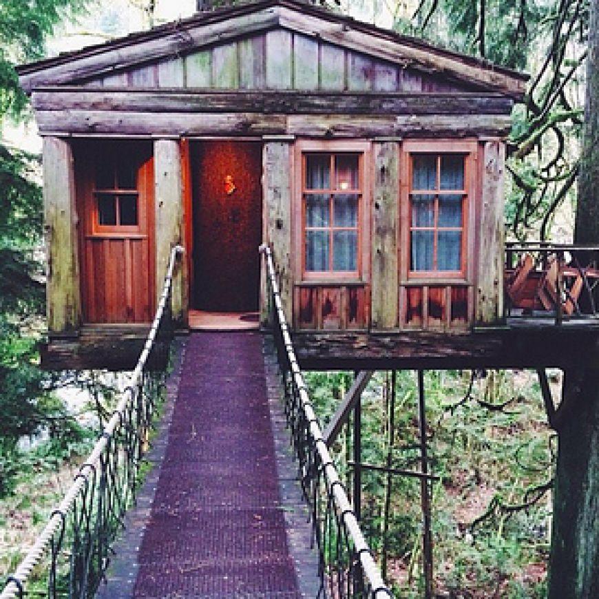 Treehouse-Point-in-Fall-City-Washington1