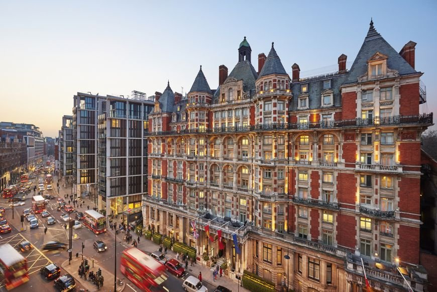 london-2015-hotel-exterior