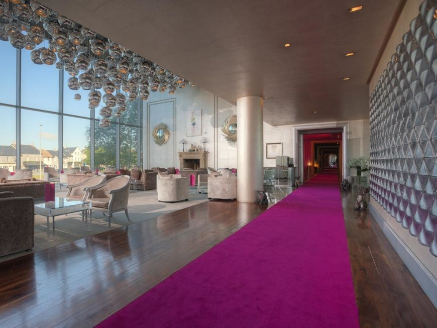 The G Hotel And Spa 3 Signature Lounges