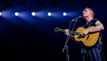 People are even more in love with Dermot Kennedy after last night's gig
