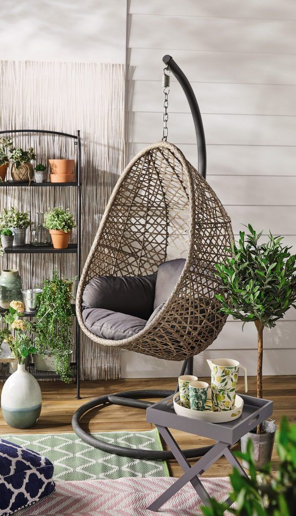 The Extremely Popular Aldi Egg Chair Is Back In Time For Summer Lovindublin