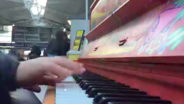 WATCH: World-renowned pianist plays at Connolly Station to oblivious rail passengers