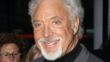 Tom Jones announces third Irish date