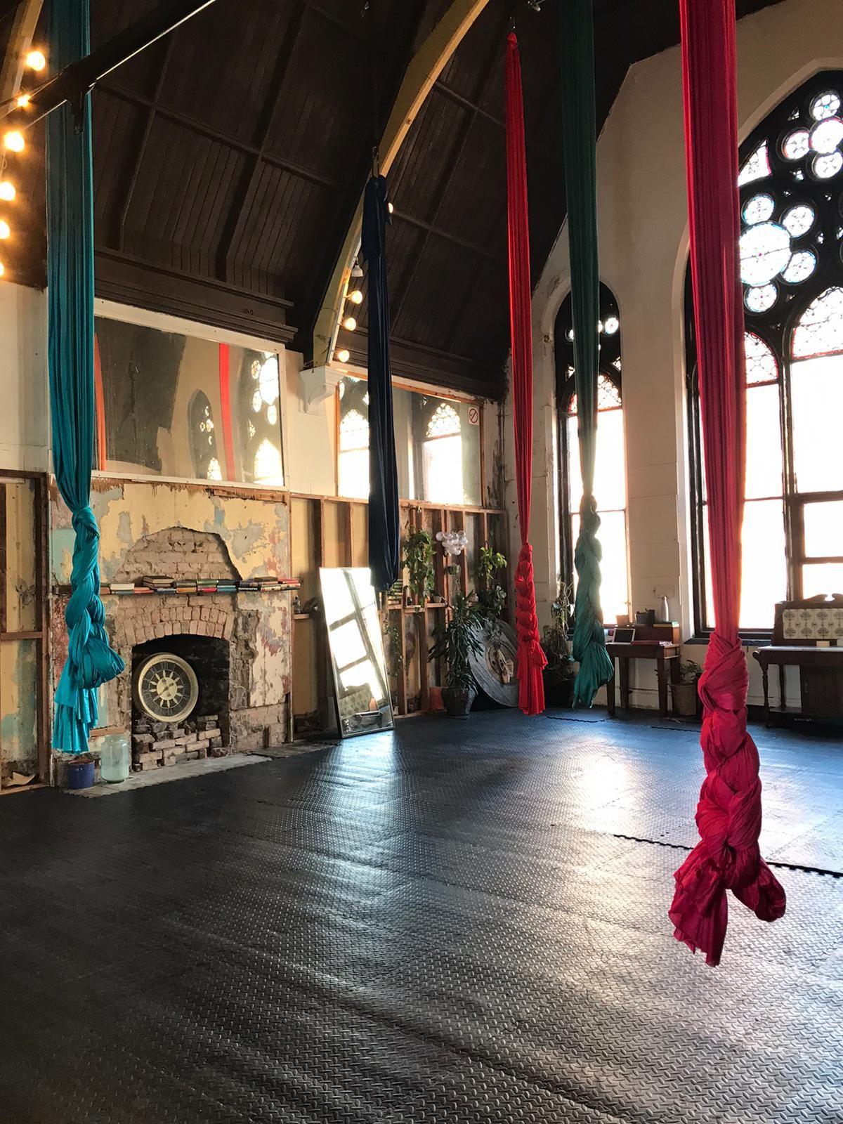 aerial cirque studio on Exchequer Street, Dublin