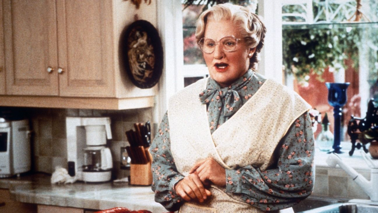 mrs doubtfire movie still