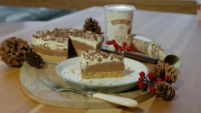 Cheesecake Fullframe 00 00 53 20 Still019