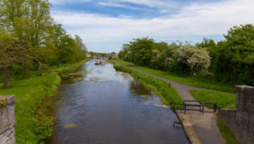 This Gorgeous Northside Canal Is Ideal For A Chill Sunday Stroll