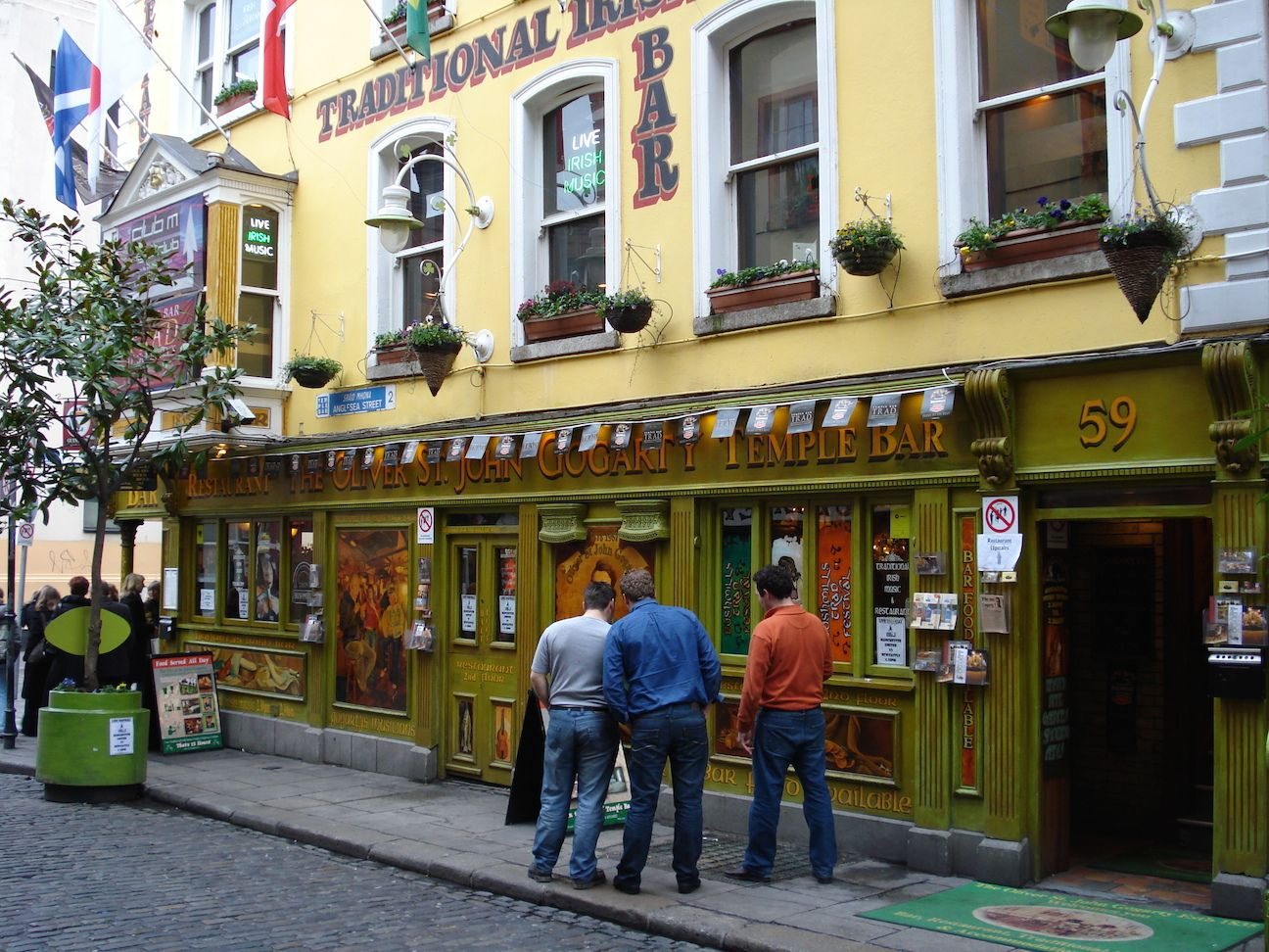 Temple_Bar_Dublin_Ireland