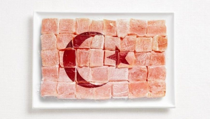 turkey-flag-made-from-food-600x341