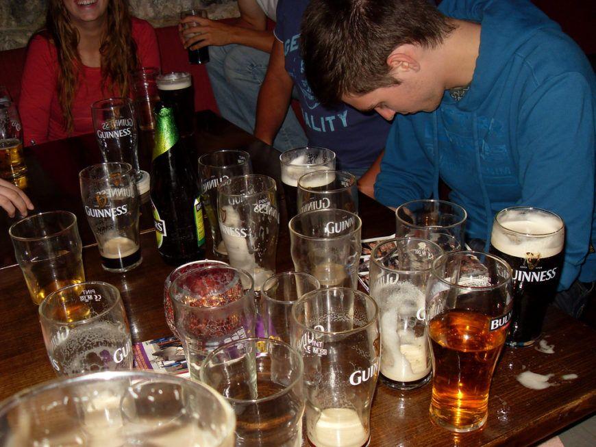 Drinking-in-pub