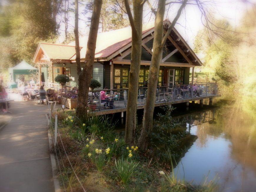 10-Boathouse