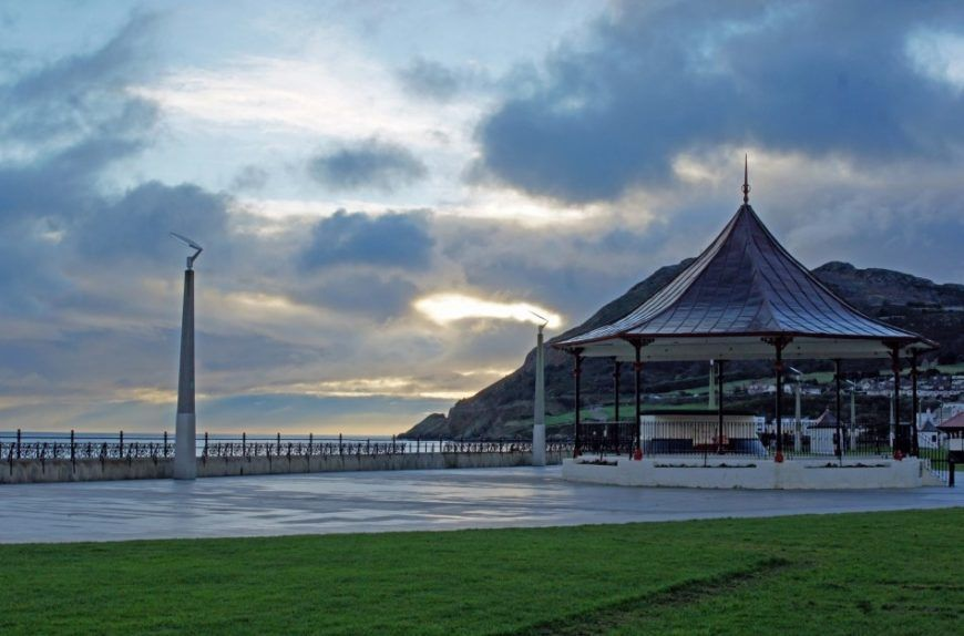 Bray-bandstand