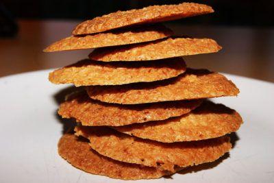 coconut-snap-biscuits