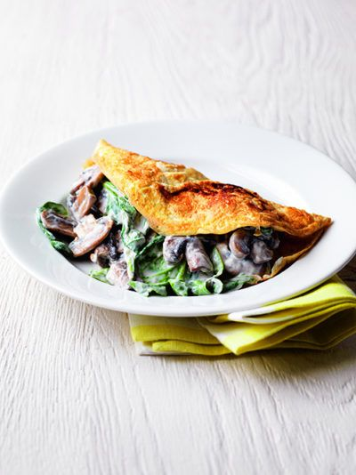 mushroom-and-spinach-omelette