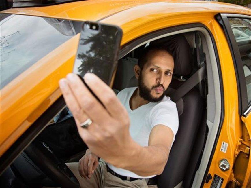 Creepy-Taxi-Drivers-Calendar-03