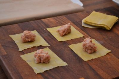 new-Wontons-being-filled