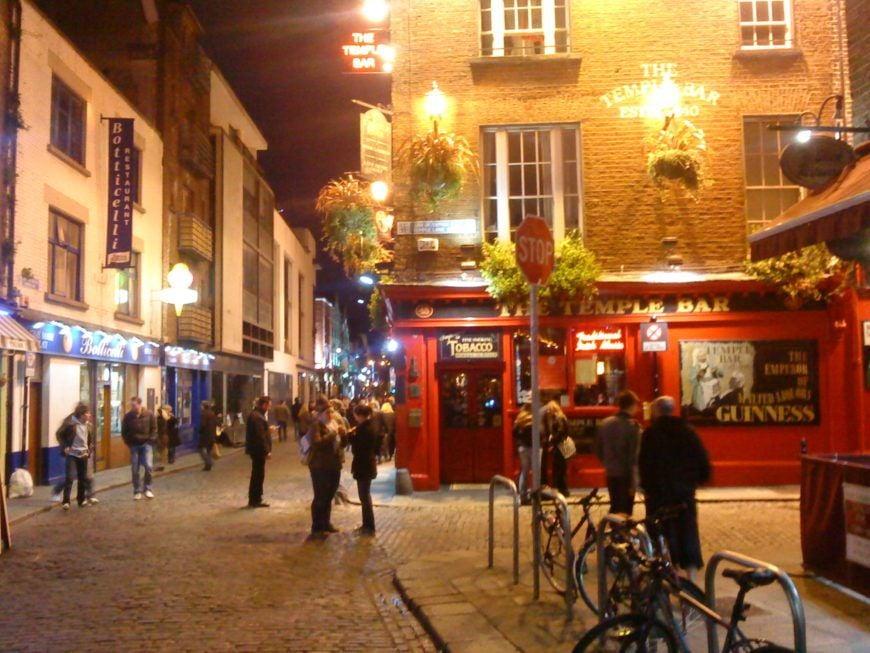 Temple Bar Dublin at Night