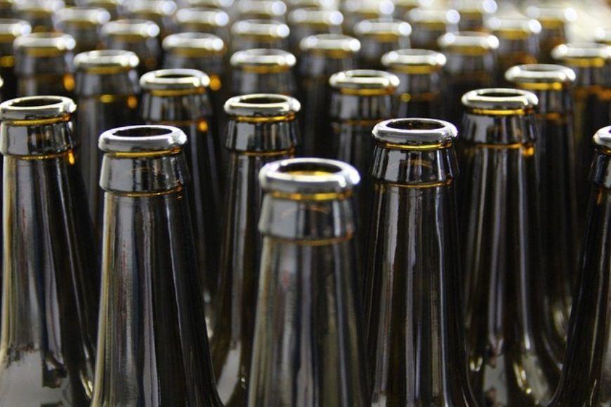 bottles-203838 640