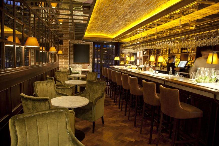2-Suesey-Street-Bar