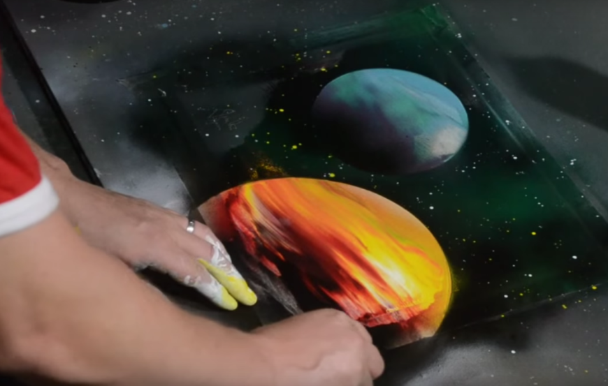 Planets Spray Paint
