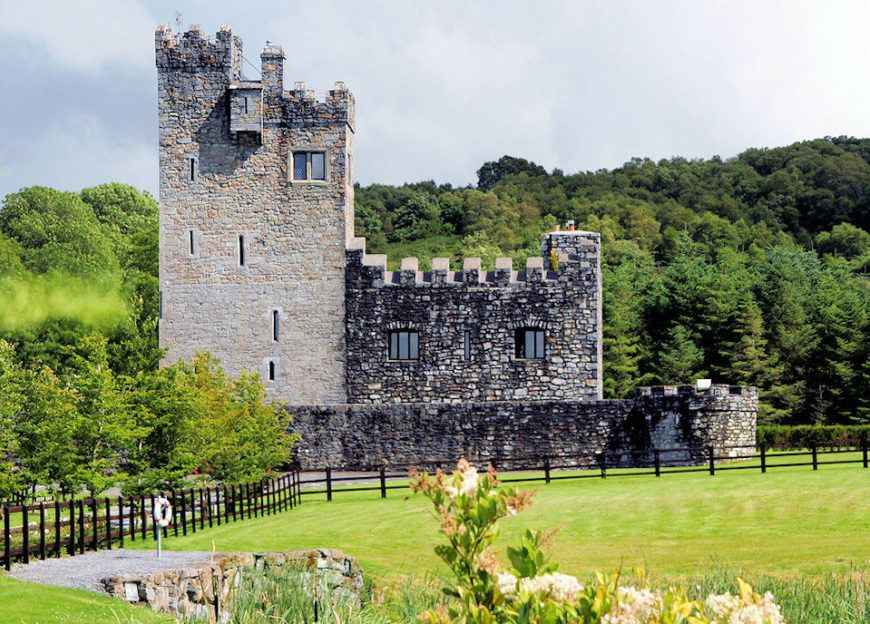 Hotels in Kilmacthomas. Book your hotel now! - potteriespowertransmission.co.uk