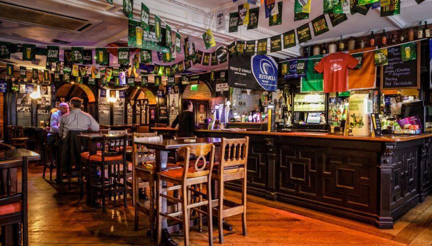 Kildare St Hotel Pub
