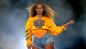 There'll Be A Beyoncé-Themed Karaoke Brunch In NoLIta Next Weekend