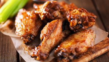 Elephant & Castle Is Giving Away Free Wings Today