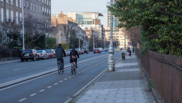 Free bike lights will be handed out to anyone cycling in Dublin this week