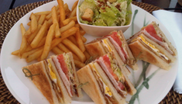How To Make The Worst Club Sandwich I've Ever Eaten In 7 Simple Steps