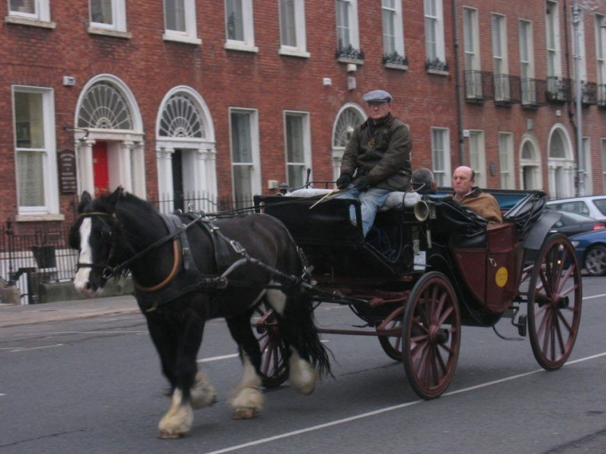 ire dublin horse carriage 2 hi web