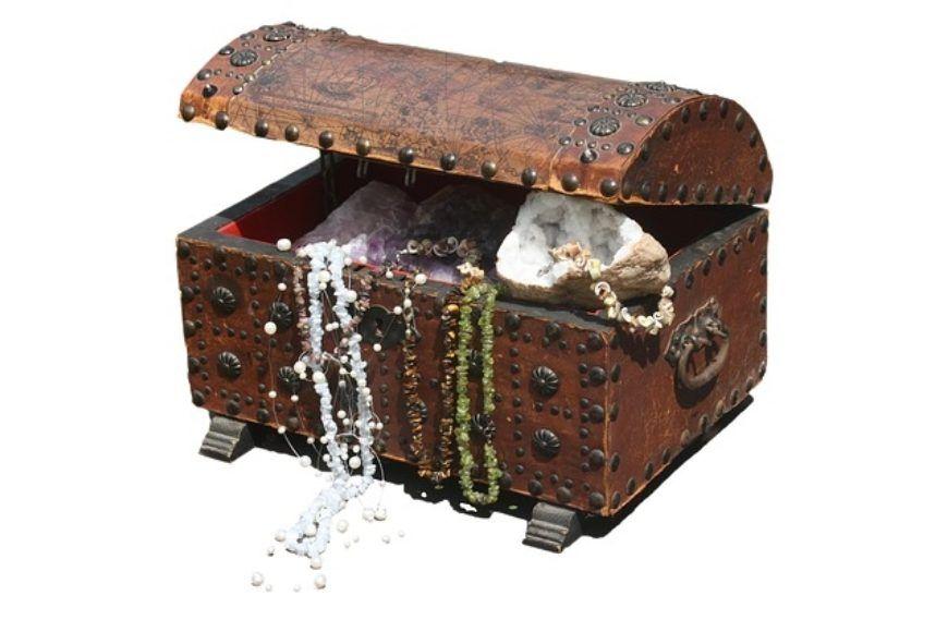 Finding-Treasure