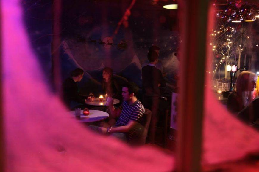 Grotto-Dinner