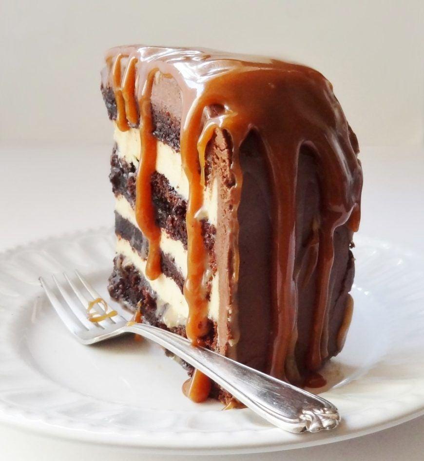 salted-caramel-chocolate-fudge-cake-943x1024