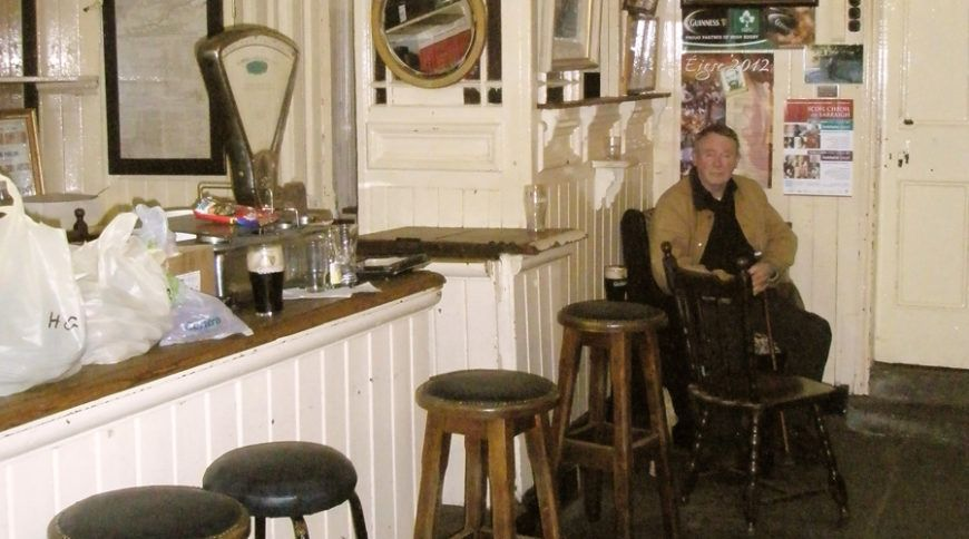 13-half-pub-half-shop