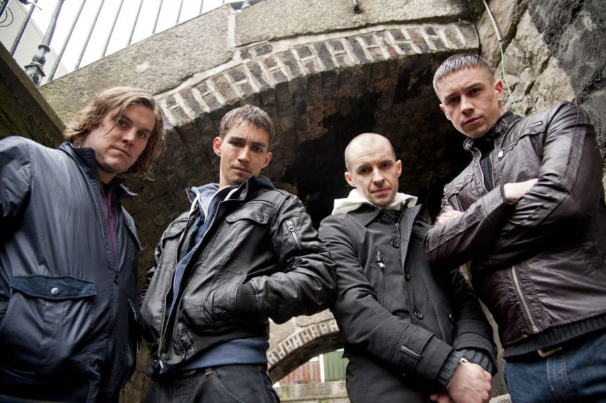 Love-Hate-Series-3-Group-Shot-in-alley-7