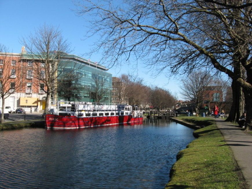 Grand Canal Dublin and barge Riasc - geograph.org.uk - 1756194