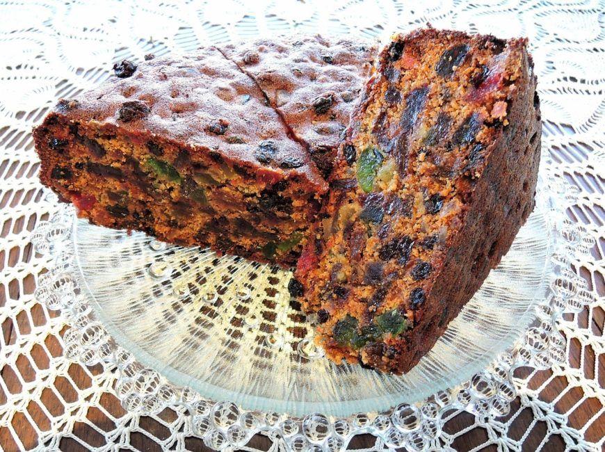6  Christmas Cake