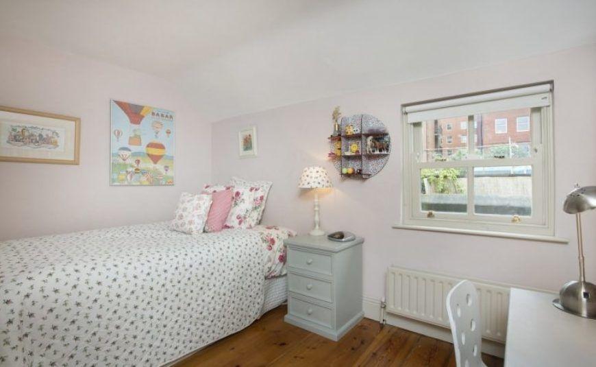 11 Albert Place East Bedroom 3 770X473