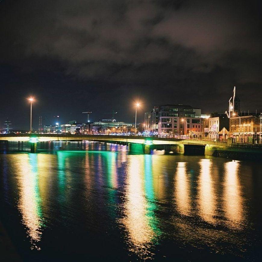 800Px Dublin Bridge Night